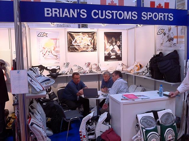 Terveisiä ISPO 2011 urheilumessuilta